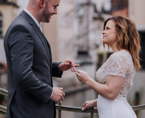 prague-wedding-photographer-beautiful-american-couple-15
